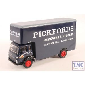 Exclusive First Editions (EFE) E23603 Bedford TK Luton Pickfords