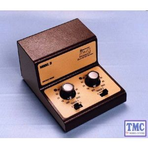 GMC-DZ Gaugemaster Z Scale Twin Track Cased Controller for Z Scale