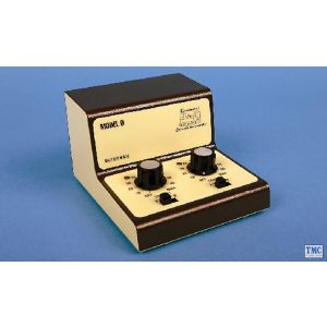 GMC-D Gaugemaster N/HO/OO Scale Twin Track Cased Controller