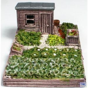 HN615 Harburn Hamlet N Gauge Allotment with Shed (Felt Roof)