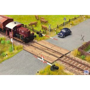 N14305 Noch HO/OO Scale Laser Cut Minis - Wooden Plank Crossing