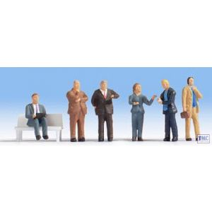 N15227 Noch HO/OO Scale Business People - without Bench (6)