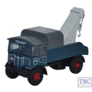 NAEC002 Oxford Diecast 1:148 Scale AEC Matador Pickfords