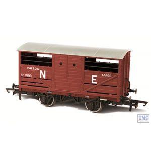 OR76CAT002B Oxford Rail OO Gauge LNER Cattle Wagon E156266