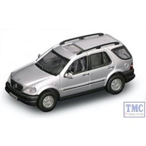 PKYM94213 Road Signature 1:43 Scale 1997 Mercedes-Benz M-Class (Silver)