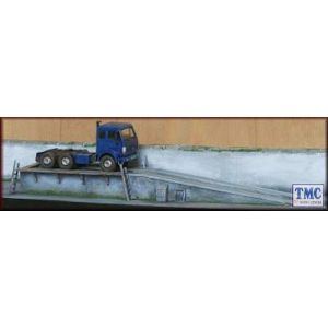 PM128 Knightwing International OO/HO Inspection Ramp (HGV's/PSV's) Garage/Transport Maintenance Depot