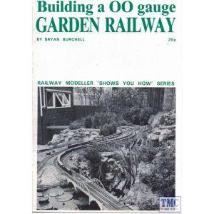 Peco8 Peco Building a OO Gauge Garden Railway