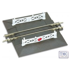 ST-20 N Gauge Straight Level Crossing complete with 2 ramps & 4 gates Peco
