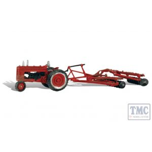AS5564 Woodland Scenics OO/HO Scale Tractor & Disc Plough