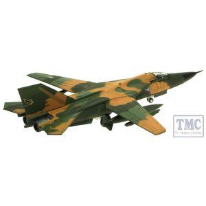 AV72FB004 Aviation 72 1/144 F-111 AARDVARK, USAF