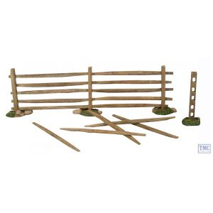 B17615 W.Britain 19th-20th Century Turnpike Fences - 7 Piece Set Scenics Collection