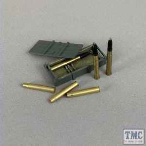B25086 W.Britain German 88mm DP Gun Crate and Armor Piercing Shells - 8 Piece Set WWII 1939-45