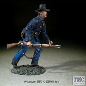 B31343 W.Britain Federal in Sack Coat and Felt Hat Advancing At Trail American Civil War 1861-65