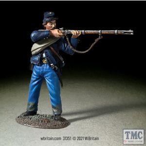 B31351 W.Britain Federal Irish Brigade Standing Firing No 2 American Civil War 1861-65