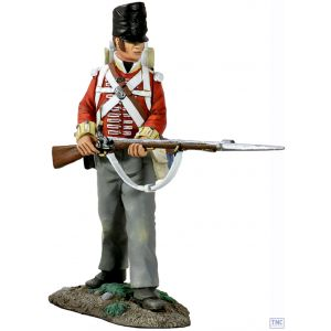 B36106 W.Britain British 44th Regiment of Foot Standing At Ready 1 Napoleonic Collection