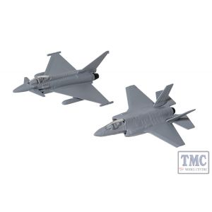 CS90685 Corgi Defence of the Realm Collection (F-35® and Eurofighter Typhoon)