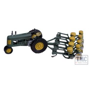 D208 Woodland Scenics OO/HO Scale Seeder & Tractor 1938 - 1946 Early Tractor & Seeder Kit