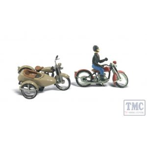 D228 Woodland Scenics OO/HO Scale Motorcycles & Sidecar Kit