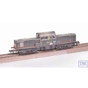 E84509 EFE Rail N Gauge Class 17 D8600 BR Green SYP Weathered by TMC
