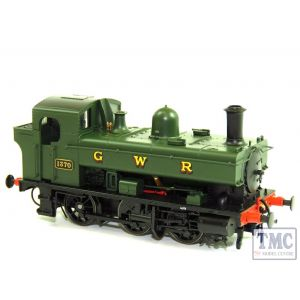1322 Heljan OO Gauge 0-6-0PT 1366 class - GWR 1370 in green with G W R lettering