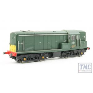 1510 Heljan OO Gauge Class 15 D8208 in green with small yellow panels & with an additional yellow panel on 'B' end