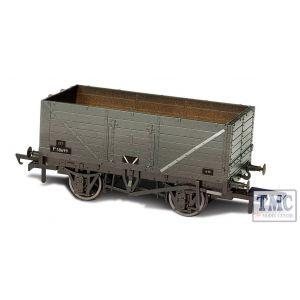 OR76MW7013W Oxford Rail 1:76 Scale Weathered BR Grey 7 Plank Wagon P73162