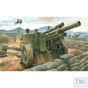 PKAF35191 AFV Club 1:35 Scale M101A1 105mm Howitzer & M2A2 Carriage