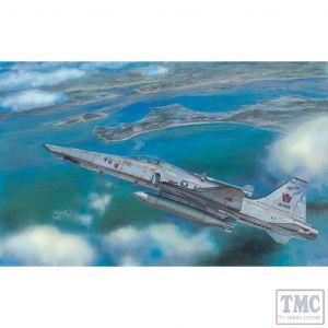 PKAR48105 AFV Club 1:48 Scale RF-5E 'Tigereye'
