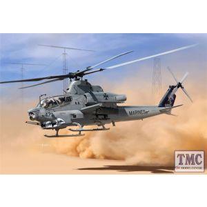 PKAY12127 Academy 1:35 Scale USMC AH-1Z Shark Mouth