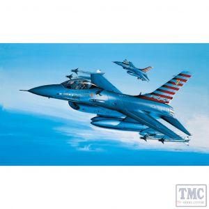 PKAY12444 Academy 1:72 Scale YF-16A Falcon