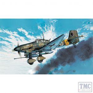 PKAY12450 Academy 1:72 Scale Junkers Ju-87G Stuka