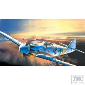 PKAY12454 Academy 1:72 Scale Me Bf 109G-14
