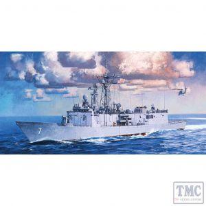 PKAY14102 Academy 1:350 Scale USS Oliver Hazard Perry FFG-7