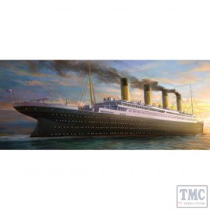 PKAY14215 Academy 1:400 Scale The White Star Liner Titanic