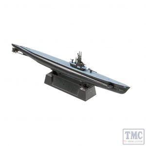 PKEA37310 Easy Model 1:700 Scale USS Balao SS-285 1943