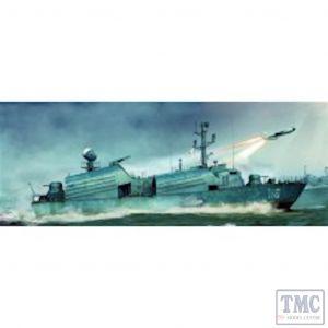 PKLK67201 I Love Kits 1:72 Scale OSA I Russian Navy Missile Boat (kit)
