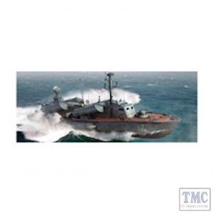 PKLK67202 I Love Kits 1:72 Scale OSA II Russian Navy Missile Boat (kit)