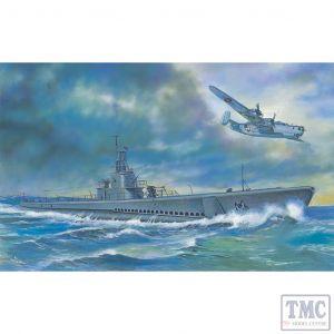 PKSE73511 AFV Club 1:350 Scale USS Gato Class Submarine 1943