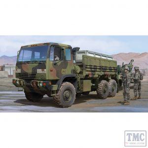 PKTM01007 Trumpeter 1:35 Scale M1083 FMTV Standard Cargo Truck