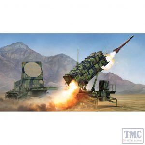 PKTM01022 Trumpeter 1:35 Scale M901 Launching Station & AN/MPQ-53 Radar Set for MIM-104 Pat