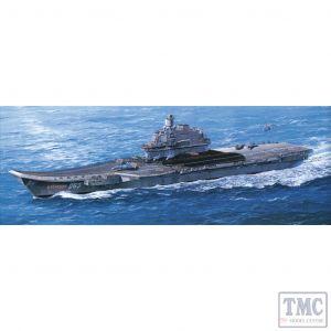 PKTM05606 Trumpeter 1:350 Scale USSR Admiral Kuznetsov