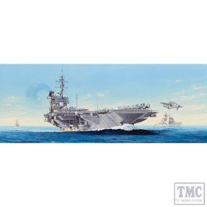 PKTM05620 Trumpeter 1:350 Scale USS Constellation CV-64