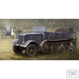 PKTM09538 Trumpeter 1:35 Scale SdKfz 8 (DB9) Half-track Artillery Tractor