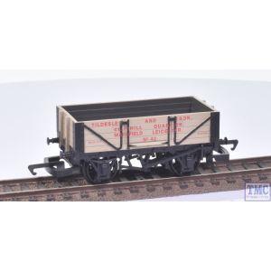 R040 Hornby OO Gauge 4 Plank Wagon TILDSLEY no.42 (Pre-owned)