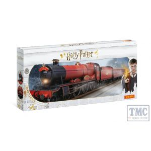 R1234 Hornby OO Gauge Hogwarts Express' Train Set