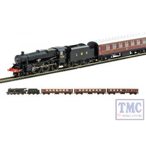 R3299 Hornby OO Gauge Going Home' 70th Anniversary of the end of WWII Train Pack