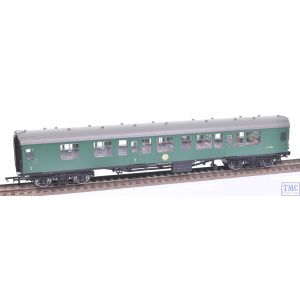 R4712 Hornby OO Gauge BR Mk1 Coach Corridor Composite S15913 BR Green (Pre-owned)