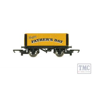 R60017 OO Gauge (1:76 Scale) Father's Day Wagon