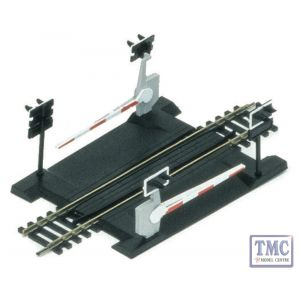 R645 Hornby OO Gauge Single Track Level Crossing