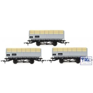 R6783 Hornby OO Gauge BR 20 Ton Coke Hopper Wagons - Three Wagon Pack